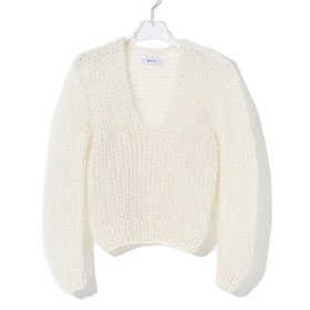 ! AUSVERKAUFT ! V-Neck Sweater cream